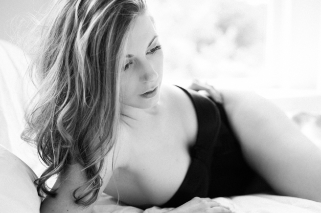 Black and White Boudoir Photos Pittsburgh-0001