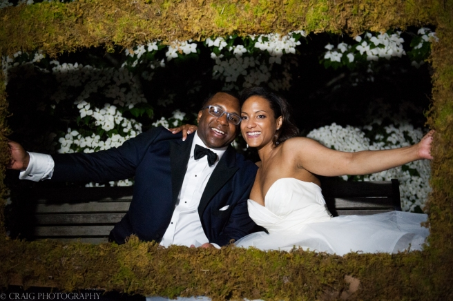Phipps Conseratory Weddings | Wedding Photo Booth Homemade Moss Frame-0015
