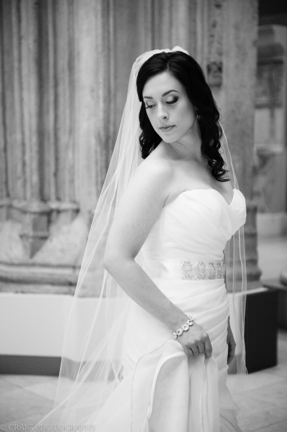 Carnegie Museum Hall of Sculptures Wedding Photos-0011