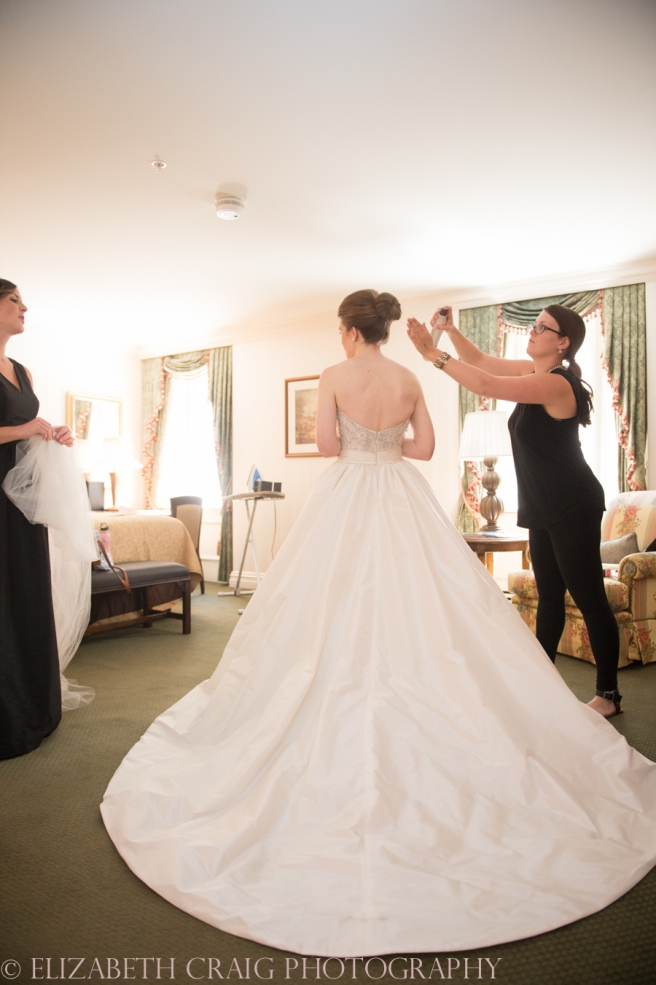 Omni William Penn Getting Ready Wedding Day Photos | Renaissance Suite-35