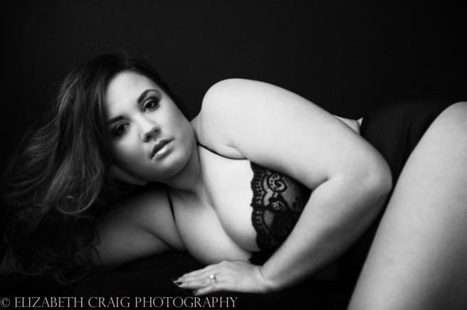 Curvy Girl Boudoir Photographer-3