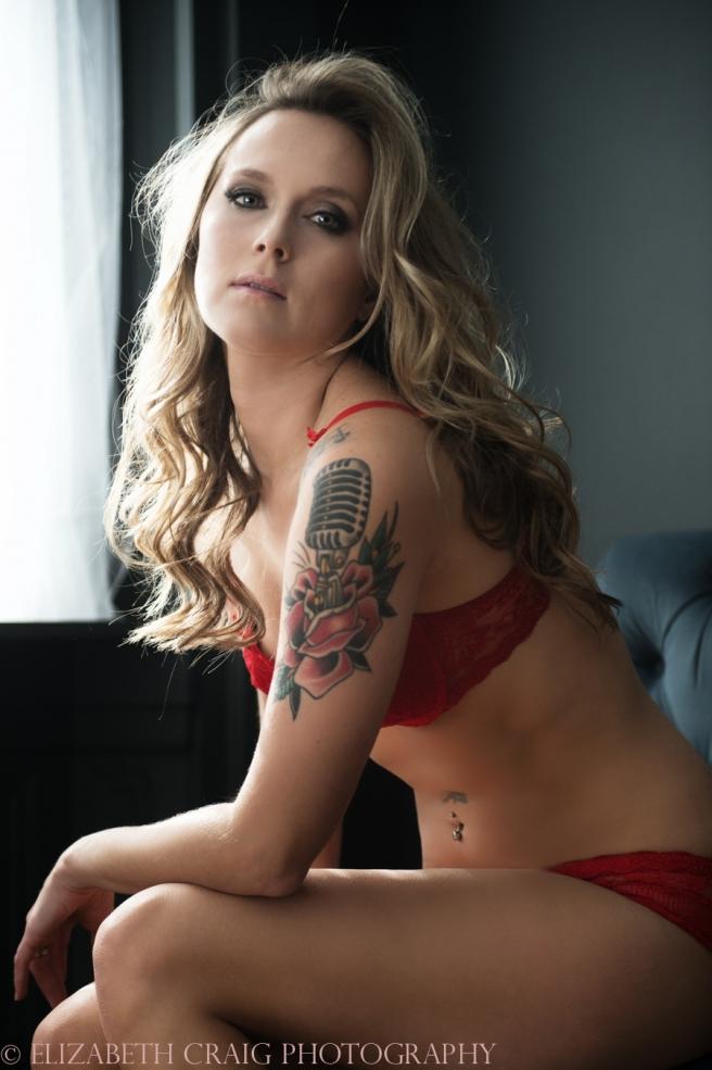 Pittsburgh Boudoir Photographer Elizabeth Craig Photography-3