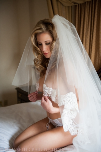 bridal-boudoir-photography-elizabeth-craig-photography-008