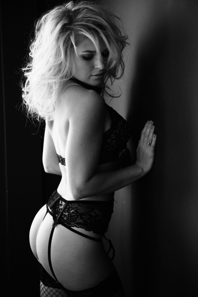 Philadelphia Boudoir Photographer-13